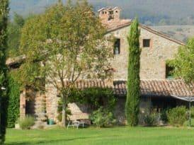 Het authentieke vakantie appartement Camino ligt op de oostkant van de boerderij en heeft dus de ochtendzon