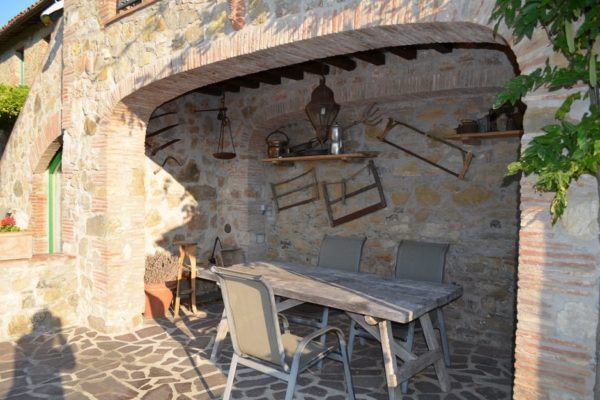 Er is ook nog een overdekt terras bij het vakantie appartement voor 2 tot 4 personen in Umbrië