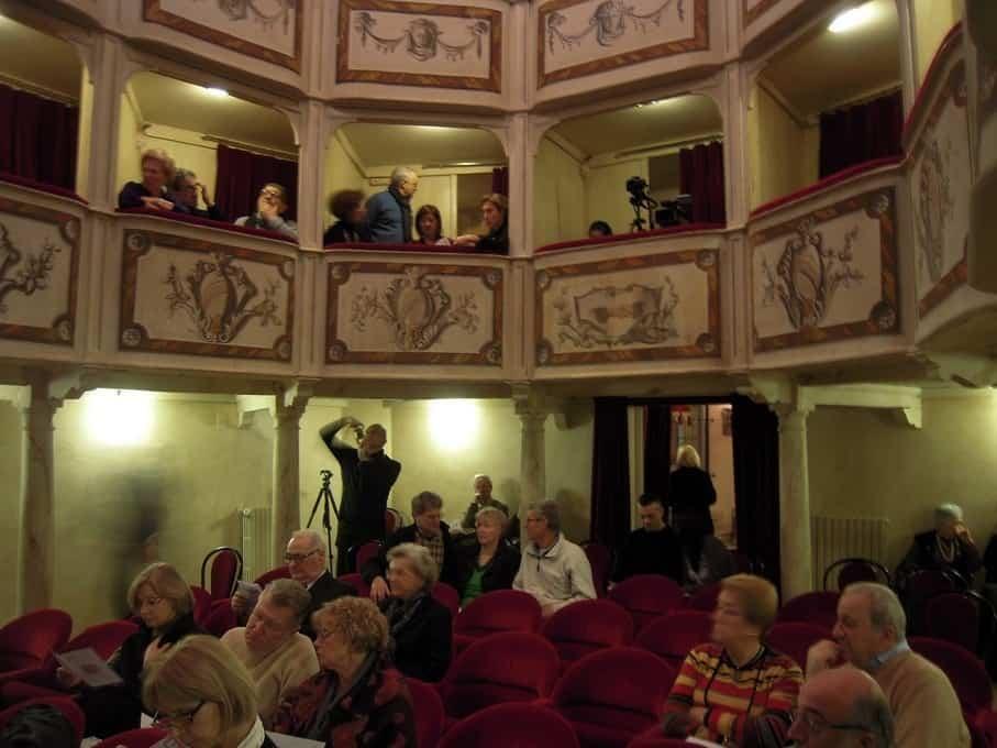 Theater 'La Concordia' in Montecastello di Vibio is het kleinste theater van de wereld