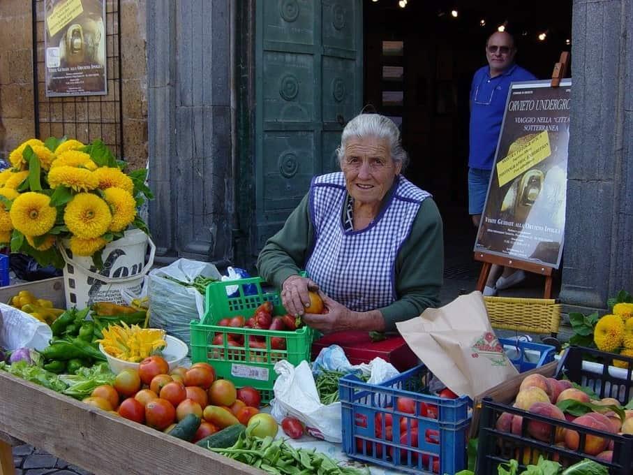 Een mooi sfeerbeeld van de markt in Orvieto