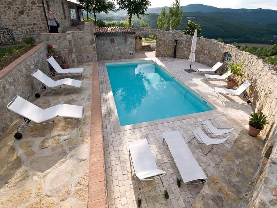 Het zwembad van Polmone, een puur en authentieke beleving