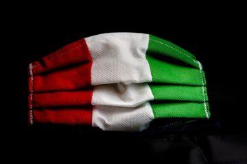 Italiaans mondkapje om veilig op vakantie naar Italië te gaan
