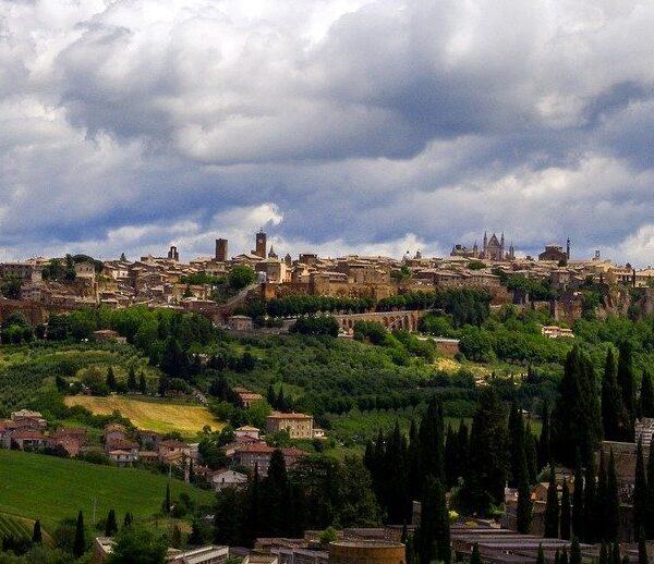 Orvieto ligt op een tufstenen plateau