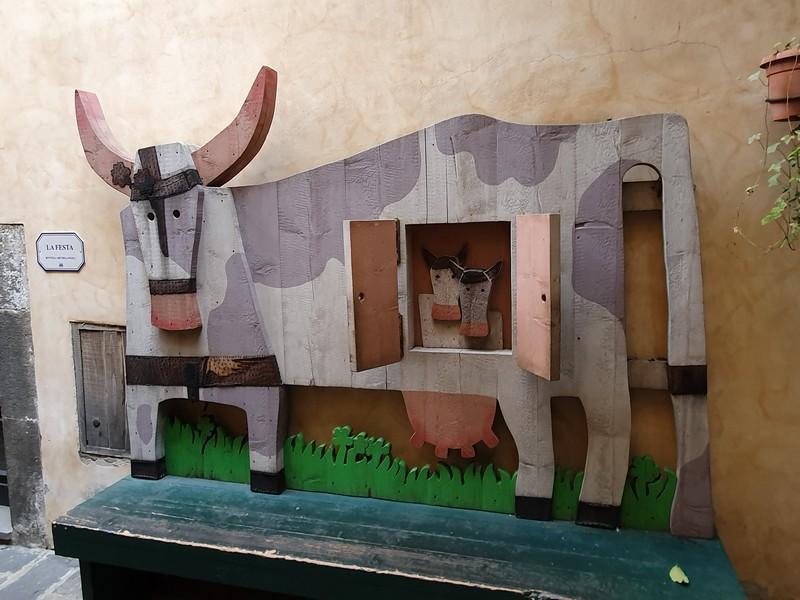 De zwangere koe van Michelangeli
