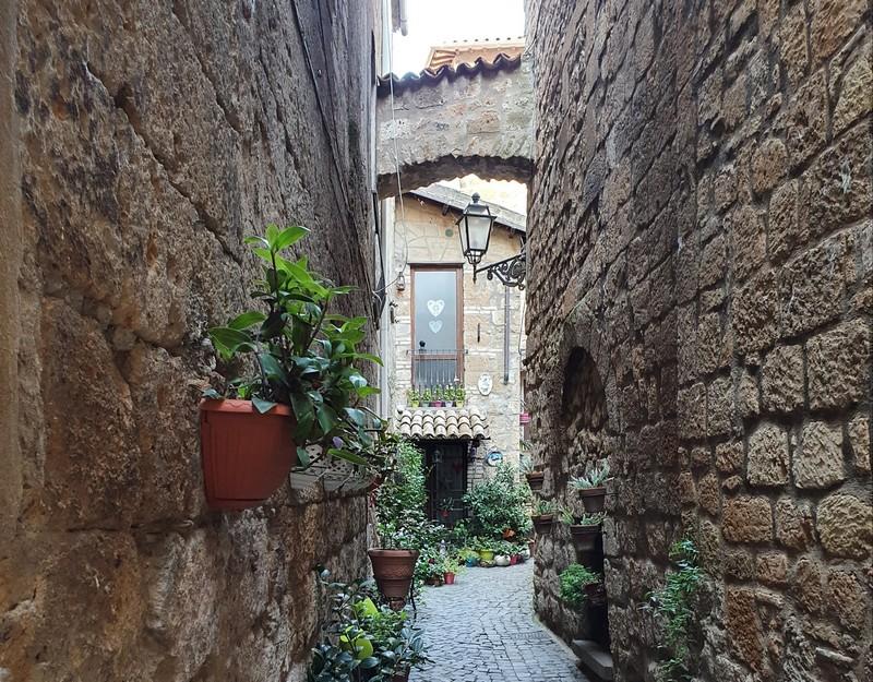 Doorkijkje in Orvieto